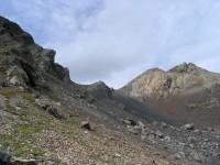 Подперевальный цирк Алибекского перевала