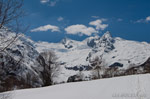 Домбай, прогулка на снегоступах к водопаду Алибек 25 апреля, полный отчёт - фото 1
